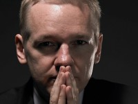 Основатель Wikileaks станет телеведущим
