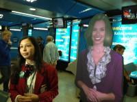 В аэропорту Нью-Йорка с пассажирами будут общаться голограммы