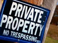 Австралийца обвинили в нарушении границ частной собственности посредством радиоволн