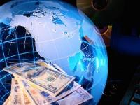 Половина всех денег мира уйдёт в Интернет