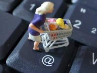Почему Интернет неизбежно победит розницу