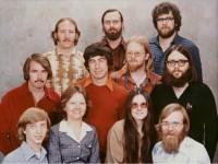 Люди со знаменитой фотографии из офиса Microsoft: Где они сейчас?