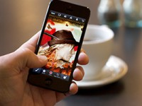 Adobe представил Photoshop для смартфонов