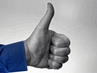 Facebook будет судиться за право использовать «Like» и «Share»