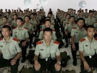 Китайская военная полиция упражняется в компьютерных играх