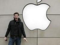 Онлайн-магазин Apple поздравляет пользователей бесплатными приложениями