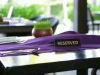 В США стало модно резервировать столики в ресторанах с помощью ботов