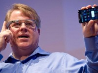 В Google Glass добавили web-браузер