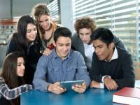 Обучающая программа не позволит студенту отвлечься от учебника