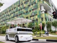 В Сингапуре курсирует первый беспилотный электроавтобус