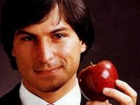 Фильм про основателя Apple провалился в прокате