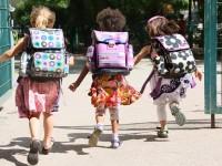 """Московские школы будут """"писать"""" SMS родителям о посещаемости их детей"""