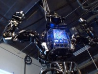 К 2040 году роботы будут патрулировать улицы