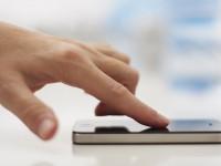 """Сканер в iPhone 5S реагирует только на """"живые"""" пальцы"""