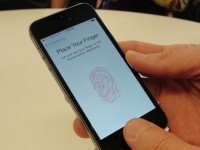 Сканер отпечатков iPhone взломан
