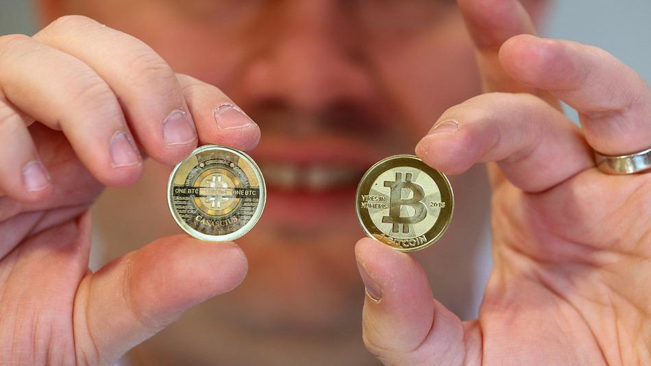 Виртуальная валюта быстро набирает реальный вес