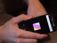 Цифровая татуировка проявляется при помощи смартфона
