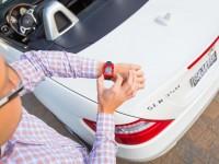 """Компания Mercedes-Benz готовит """"умные"""" часы для дистанционной связи с авто"""