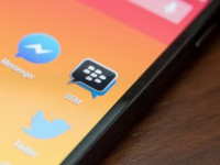 LG спасёт BlackBerry от кризиса, установив BBM на свой новый смартфон