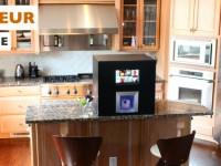 Робот-бармен подбирает напитки по вкусу для каждого клиента