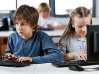 Провайдеров обяжут заблокировать отдельные ресурсы в российских школах