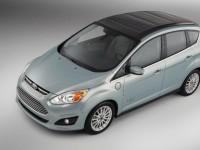 Ford покажет автомобиль с солнечными панелями на крыше