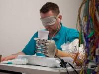 Впервые человеку установлен бионический протез, который способен чувствовать