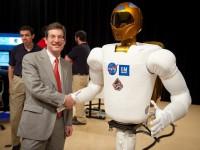 Робот с дистанционным управлением будет лечить космонавтов