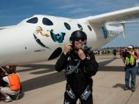 Virgin Galactic отправит туристов в космос уже в 2014 году