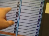 В Великобритании хотят внедрить электронное голосование чтобы привлечь молодёжь на выборы