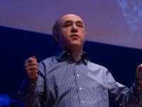 """Стивен Вольфрам: """"В будущем компьютеры будут крошечными и недорогими, и всё вокруг станет программируемым"""""""