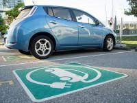 Электромобили в Европе станут сильнее шуметь, чтобы обезопасить пешеходов