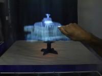В Великобритании создали трёхмерный дисплей, показывающий голограммы на пару