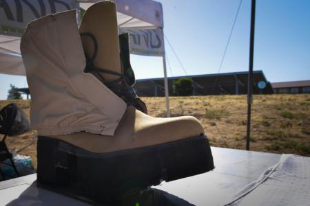 Ботинки заряжают электронику, но затрудняют передвижение солдат