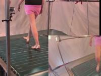 Беговая дорожка для виртуальной реальности меняет направление бега на ходу