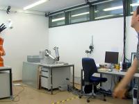Роботизированная рука с молниеносной реакцией очистит космос от мусора