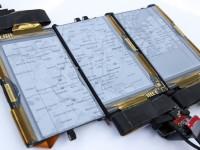 В Канаде создали смартфон с тремя отсоединяющимися дисплеями