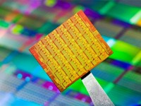 В США создан 36-ядерный чип с экспериментальной структурой