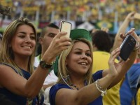 За время ЧМ-2014 фанаты отправили 44,5 млн фото со смартфонов