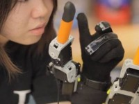 Американцы разработали дополнительные роботизированные пальцы