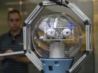 В английском офисе появился робот-охранник