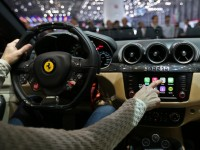"""""""Яблочной"""" системой CarPlay заинтересовались ещё 8 автопроизводителей"""