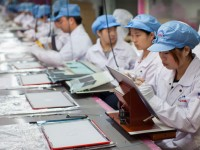 Сборку электроники Apple доверят роботам