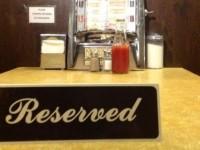 Американцы ополчились на сервис, который торгует забронированными столиками в заведениях
