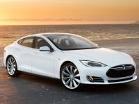 За взлом Tesla Model S обещают $10 тысяч
