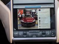 Tesla Motors набирает в штат хакеров