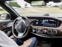 На общественные дороги Великобритании выедут машины без водителя