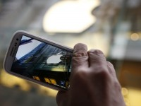 Apple и Samsung уладили все патентные споры вне США
