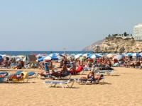 Места на пляжах Испании можно забронировать онлайн