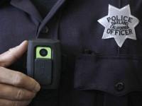Каждый полицейский США получит встроенную видеокамеру